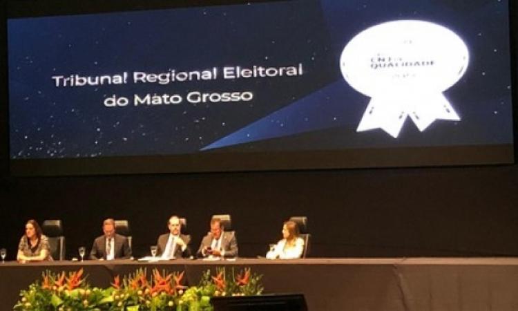 TRE-MT recebe Selo Prata no Prêmio CNJ de Qualidade 2019